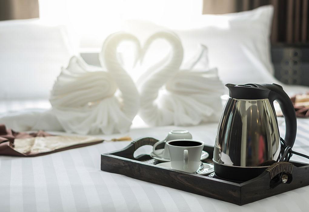 elegant-coffee-cup-set-on-wooden-trey-in-modern-be-8YN22XL_sm